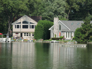 We Buy Houses in West Bloomfield Township, Michigan